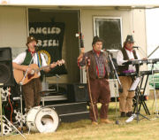 The Mangledwurzels playing their first set at the Mid Somerset Show, Shepton Mallet (20 Aug 2006)