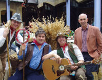 The Mangledwurzels with the venue director at The Somerset Cheese, Chutney and Cider Fair at Hestercombe Gardens, Taunton (8/10/6)